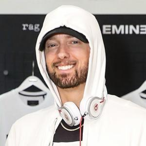 Eminem de Mike Brown - 7zic